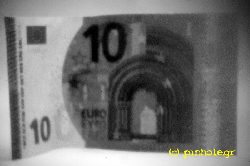 Ten Euros (010)