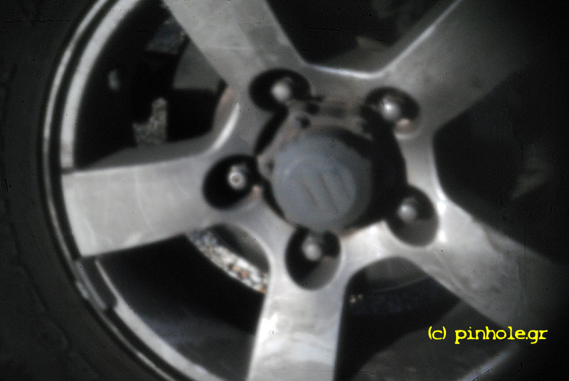 The Car wheel (104)