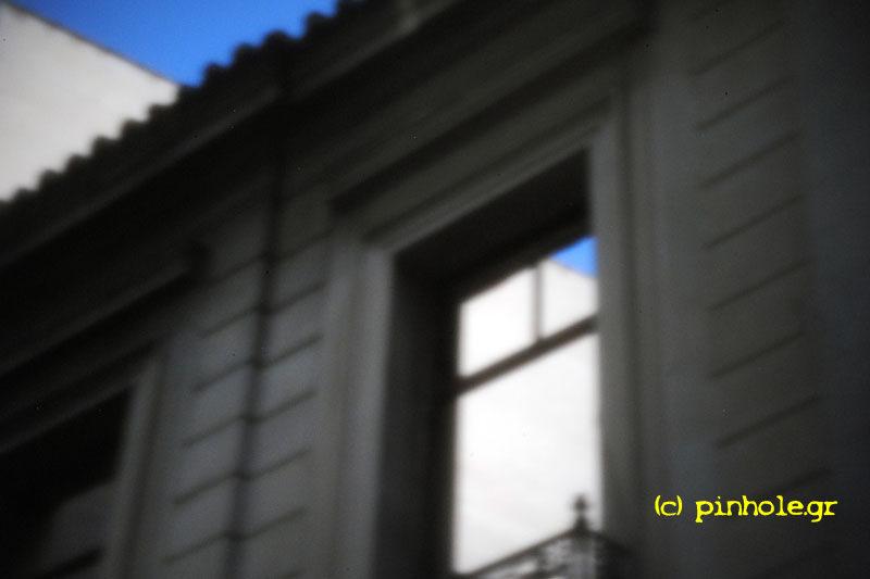 Empty window (240)