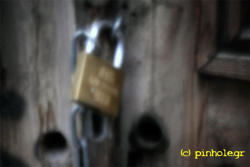 Chain and locker (281)