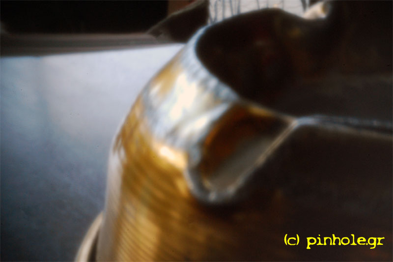 Metal ashtray (331)